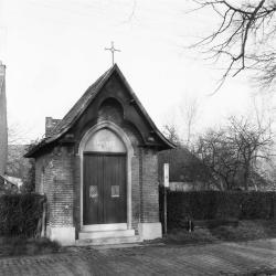 Kapel ter ere van de Sint Pieter, Kemphoekstraat Bazel