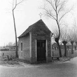 Kapel ter ere van Onze-Lieve-Vrouw, Troost der Bedrukten,Bokmolenstraat  Elversele