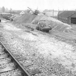 Spoorlijn 59 Antwerpen - Gent, aanleg verhoogde spoorwegberm te Sint-Niklaas