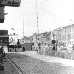 Station Sint-Niklaas, spooroverweg Driekoningen - Hofstraat