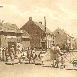Spoorlijn 56 Sint-Niklaas-West - Dendermonde, overweg Belsele