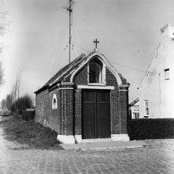 Kapel H. Barbara, Klein Sinaai