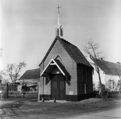 Kapel O. L. Vrouw van Lourdes, Moerbeke
