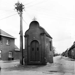 Kapel ter ere van O. L. Vrouw, Rechtstraat  Eksaarde