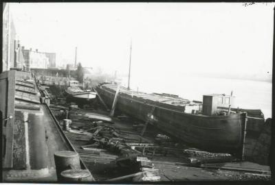 Scheepswerf Maes (8): boten op de werf