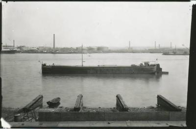Scheepswerf Maes (6): boot op Schelde