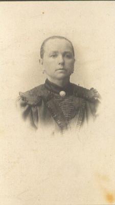 Anastacia Van Broeck