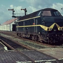 Spoorlijn 59 Diesellocomotief type 212