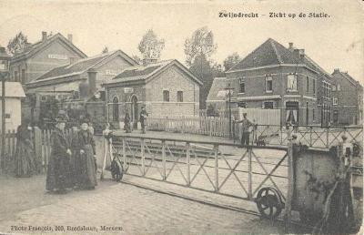 Prentkaart Spoorlijn 59 station Zwijndrecht+ overweg