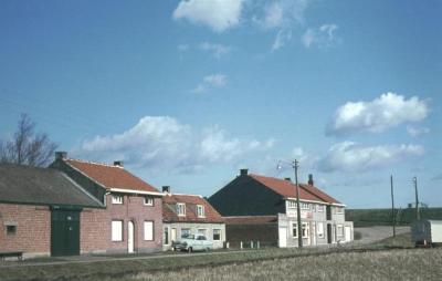 Woningen van de familie Frans Cole-Van Exaerde, Van Exaerde en de families Mertens, Kallo