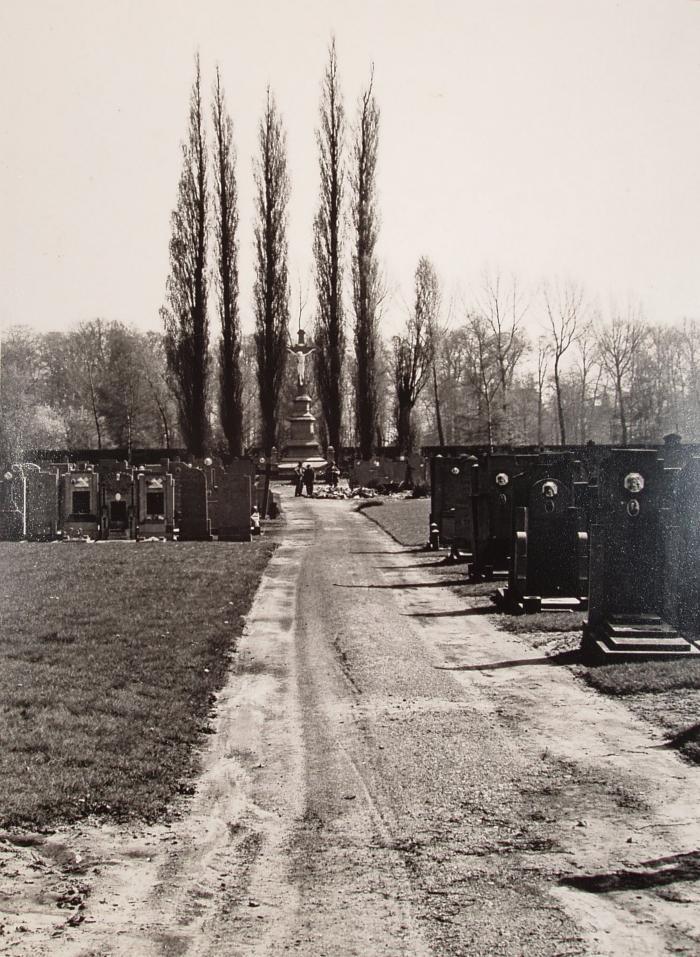 Beveren, Vesten, begraafplaats