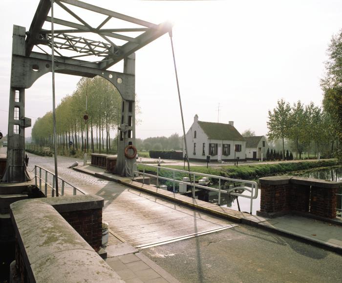 Dambrug over Moervaart, Moerbeke