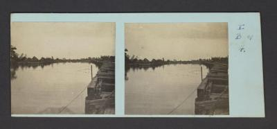 Stereobeeld Gustaaf Drossens, Nieuwpoort: de IJzer - op den achtergrond de vijf bruggen (oktober 1916)